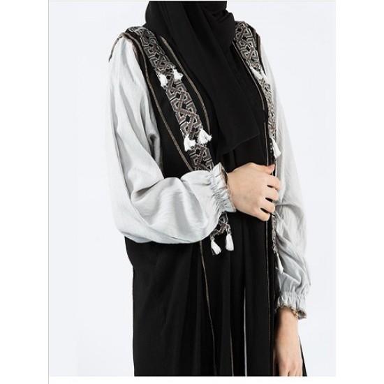 عباية قماش امواج ومتداخل بقماش الكريب البحريني